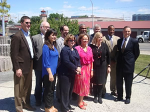 Assistant Secretary Jay Williams with local and federal representatives at Nashville Promise Zone announcement.